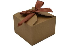 GIFT BOX  9x9x6cm WITH BRONZE RIBBON